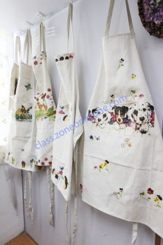 "Ying's workshop ""瑩""創意藝術中心 - 部份學生在課堂上的製品 (自製圍裙)"